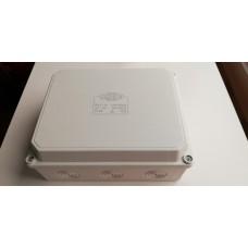 Кутия PVC 180/140/80 BG