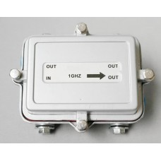 Outdoor splitter with 2 outputs